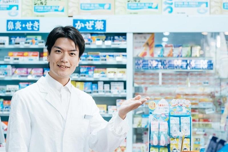 登録販売者の仕事内容とは?薬剤師との違いや「研修中」の違いも解説