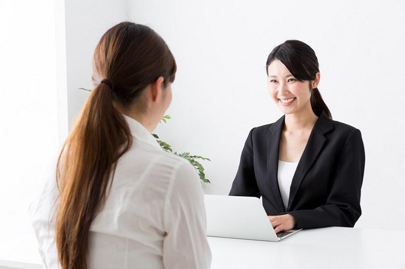 【40代女性Fさん】内定後の条件交渉で「契約社員」➡「正社員」に成功!経過措置延長が追い風に。