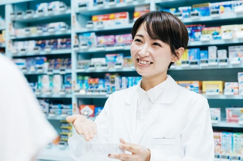 登録販売者の資格取得方法と仕事内容