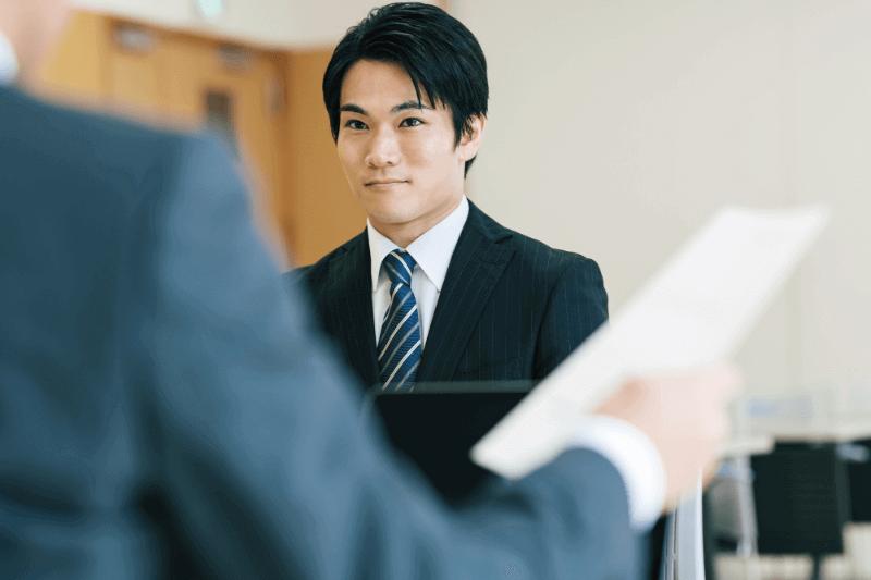 【30代男性Oさん】転職のために転居はしたくない!登録販売者として「転勤なし」の求人探し
