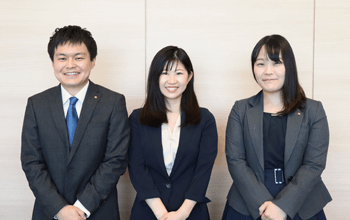 事業部紹介|東日本エリア担当チームです。<br>プライベートを大事にしたい、年収を上げたいなど、様々なご希望に寄り添います。